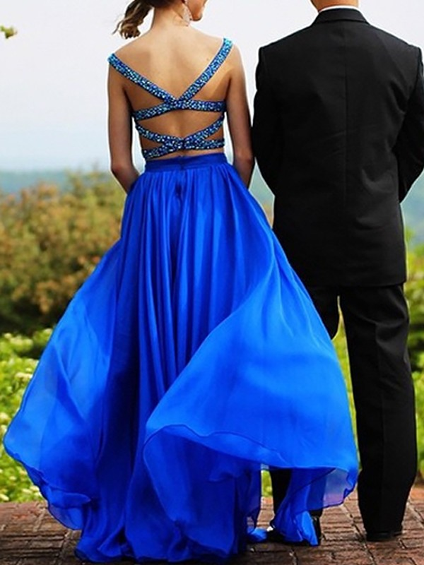A-Line Sleeveless Sweetheart Chiffon Beading Floor-Length Two Piece Dresses