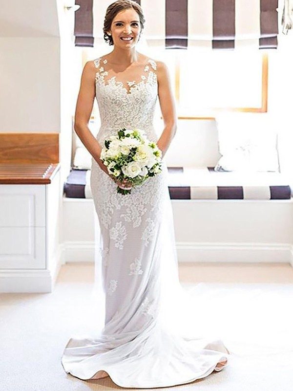 Sheath Scoop Applique Sleeveless Lace Court Train Wedding Dresses