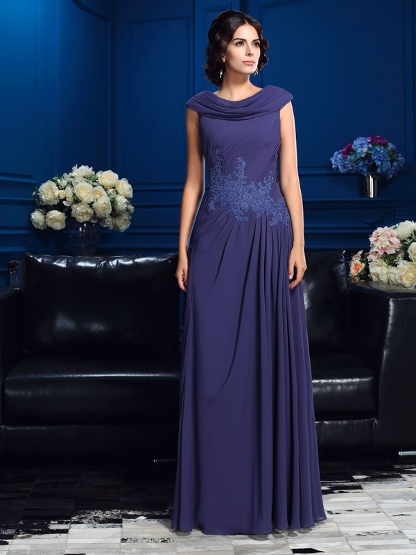 A-Line/Princess Pleats Sleeveless Long Chiffon Mother of the Bride Dresses