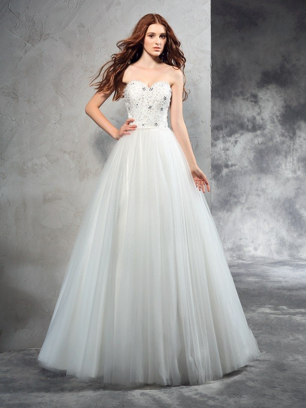 A-Line/Princess Sweetheart Beading Sleeveless Long Net Wedding Dresses