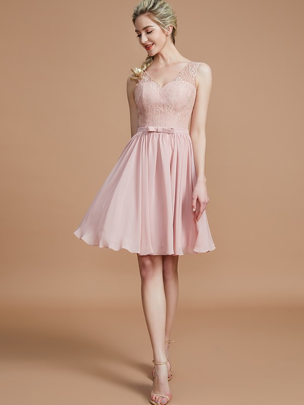 A-Line V-neck Sleeveless Lace Short/Mini Chiffon Bridesmaid Dresses