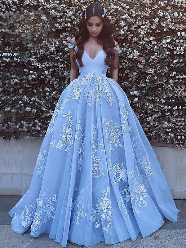 2904c02b7bf7 Ball Gown Sleeveless Off-the-Shoulder Applique Tulle Sweep/Brush Train  Dresses ...