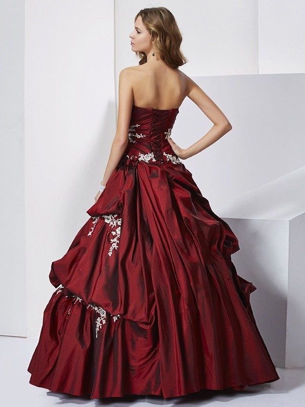 Ball Gown Sweetheart Sleeveless Beading Long Taffeta Quinceanera Dresses