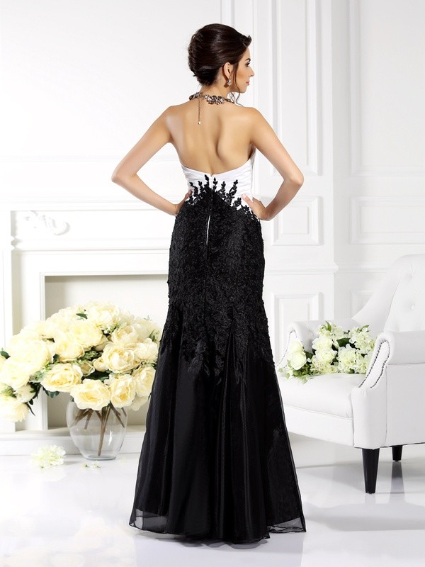 Trumpet/Mermaid Strapless Applique Sleeveless Long Tulle Mother of the Bride Dresses