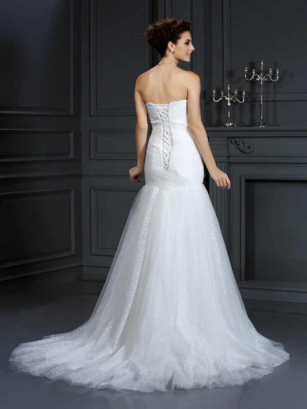 Sheath/Column Sweetheart Beading Sleeveless Long Net Wedding Dresses