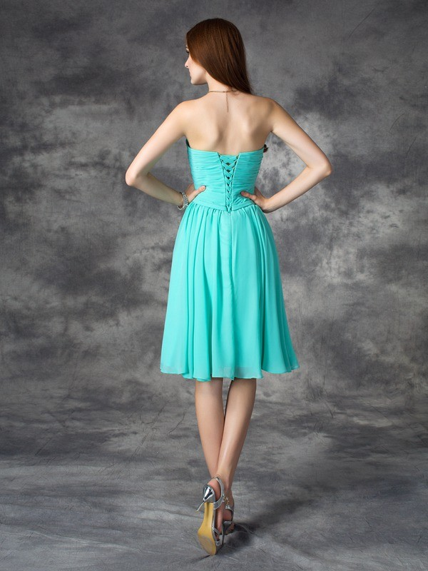A-line/Princess Sweetheart Ruffles Sleeveless Short Chiffon Dresses