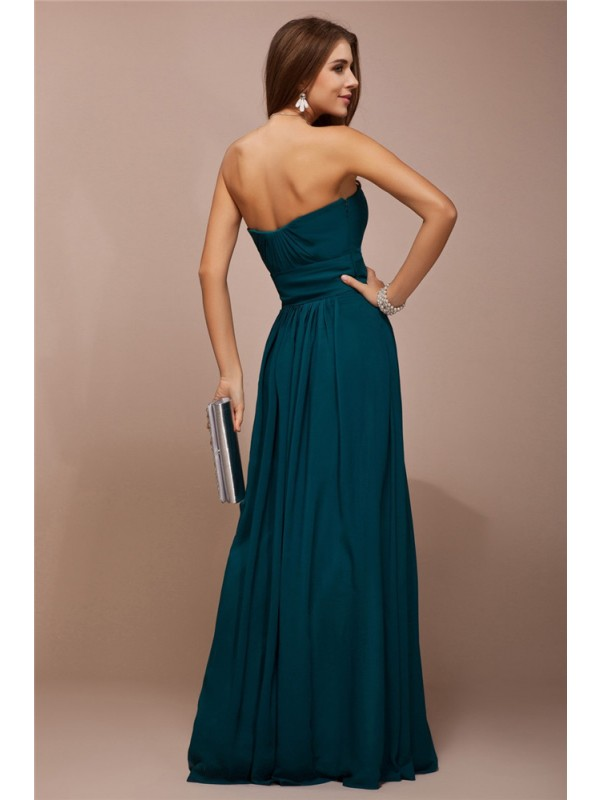 Sheath/Column Sweetheart Sleeveless Ruffles Long Bridesmaid Dresses