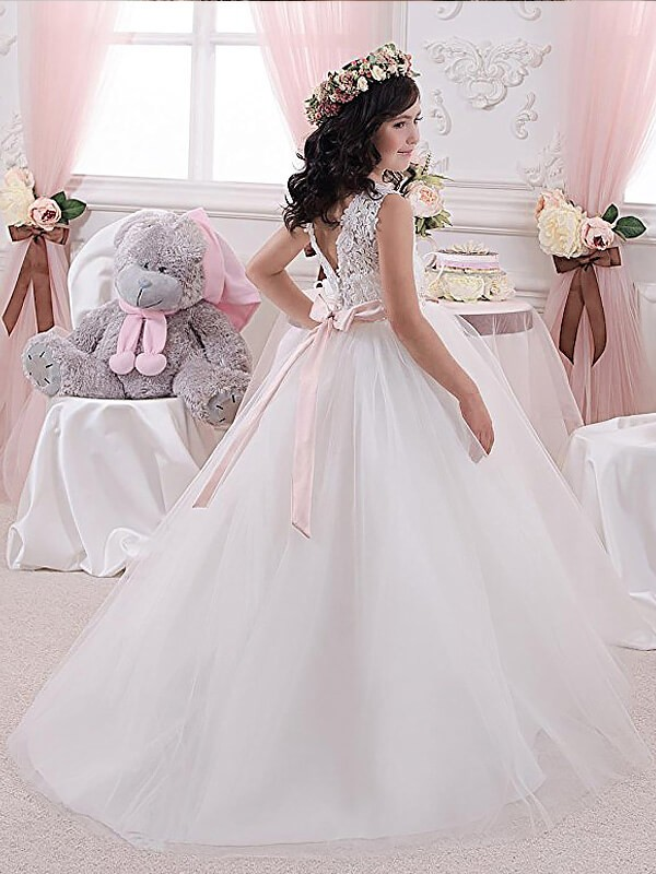 Ball Gown Scoop Sleeveless Sash/Ribbon/Belt Tulle Floor-Length Flower Girl Dresses